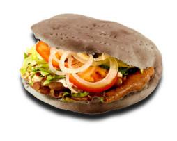 kebap-borju-csirke-tonno-vega-friss-zoldseggel-kebapszosszal-690ft-kivansagra-sajtos-kebapfit-kenyerrel